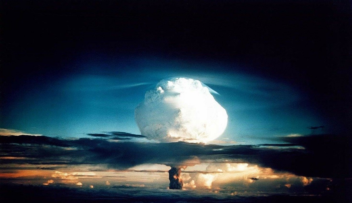 https://watt.co.uk/wp-content/uploads/2019/12/hydrogen-bomb-63146_1280-1.jpg