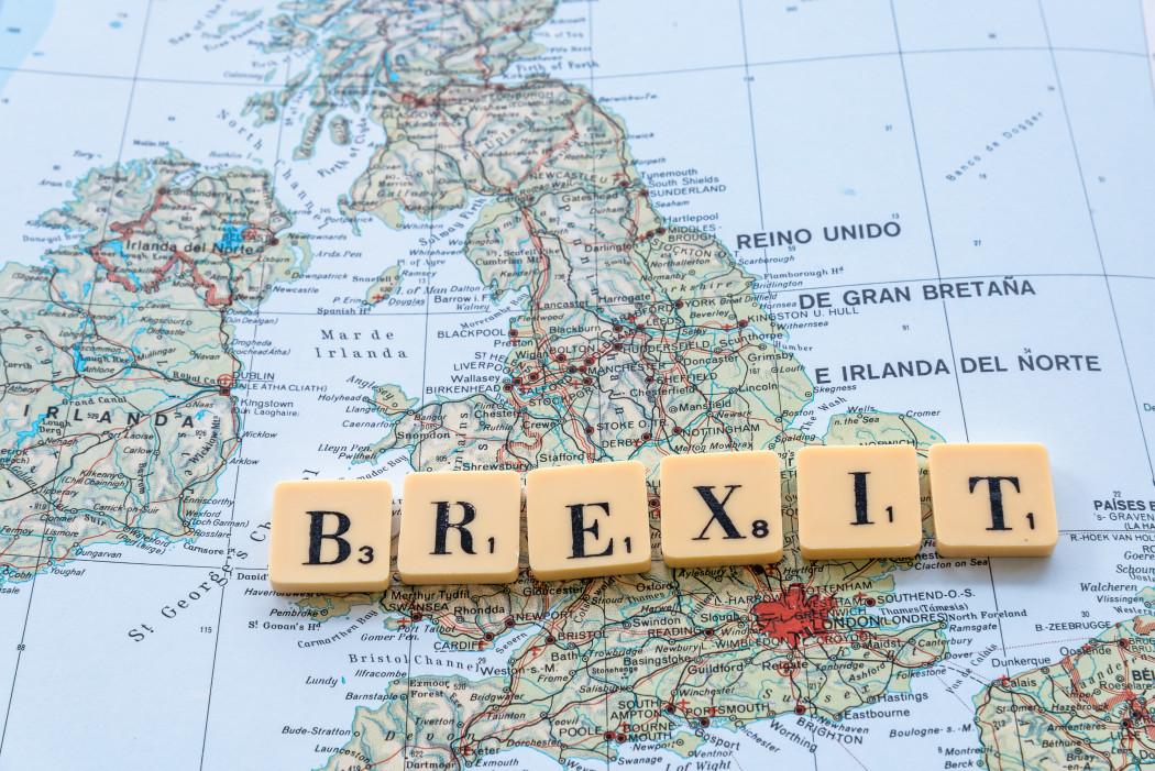 https://watt.co.uk/wp-content/uploads/2020/03/brexit-text-on-uk-map-the-united-kingdom-leaves-european-union_t20_PQojNp.jpg
