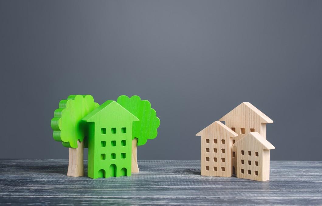 https://watt.co.uk/wp-content/uploads/2020/03/house-green-energy-zero-carbon-emissions-innovation-efficiency-smart-trees-ordinary-residential_t20_E49EoJ.jpg
