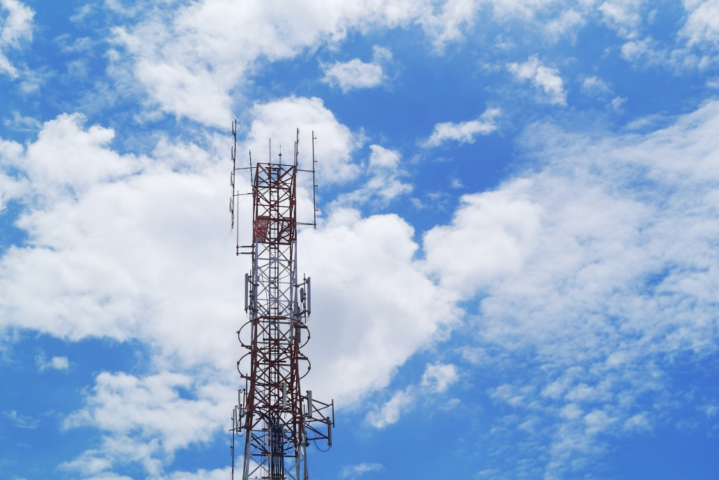 https://watt.co.uk/wp-content/uploads/2020/05/cell-phone-and-communication-towers-blue-sky-background-antenna-blue-broadband-broadcast-broadcasting_t20_QzmLxy.jpg