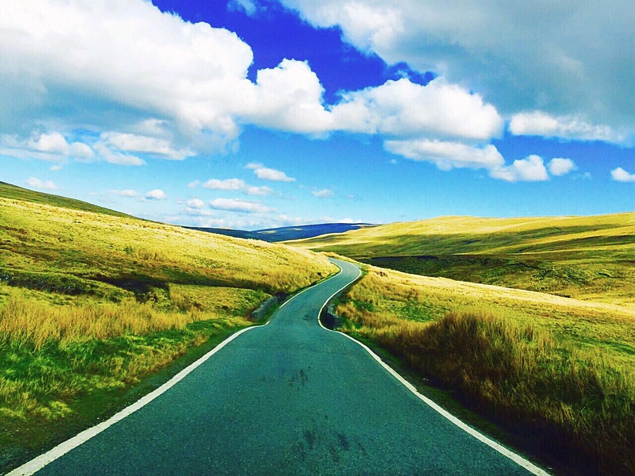https://watt.co.uk/wp-content/uploads/2020/06/on-a-road-trip-to-countryside-in-uk_t20_yRwLz6.jpg
