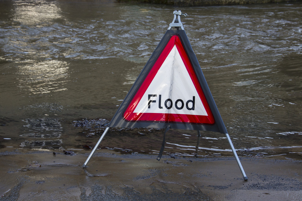 https://watt.co.uk/wp-content/uploads/2020/08/flood-warning-flood-water-flowing-down-the-street-after-the-river-derwent-burst-its-banks-in-the-of_t20_KogXg9.jpg