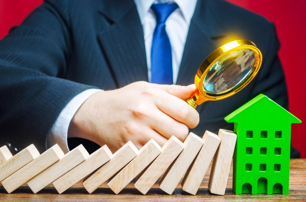 https://watt.co.uk/wp-content/uploads/2020/08/insurance-house-protection-property-security-debt-risk-safe-accident-apartment-architecture-assurance_t20_eV29v7.jpg