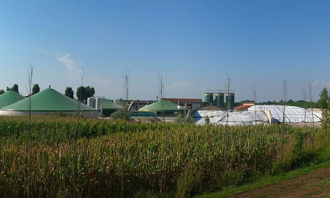 https://watt.co.uk/wp-content/uploads/2021/03/Biogas-can-be-produced-on-a-small-scale-1.jpg